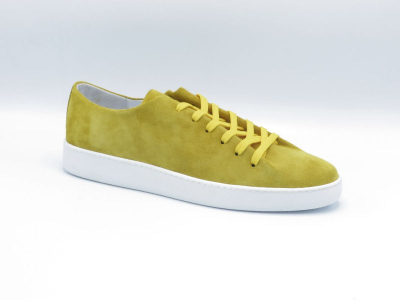 H32 one pice sneaker 8442-5800-111 geel suède