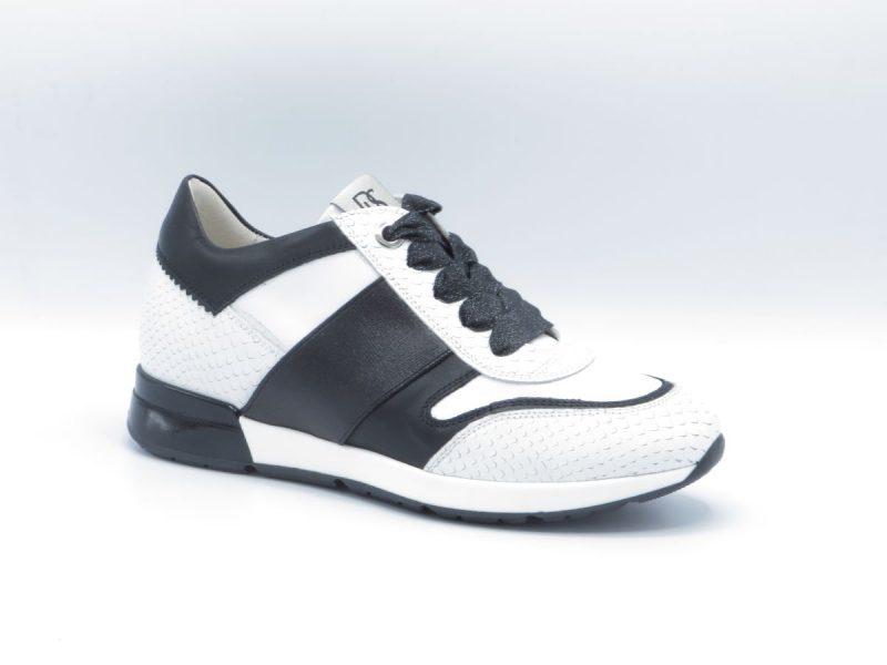 DL Sport 4256 zwart-wit